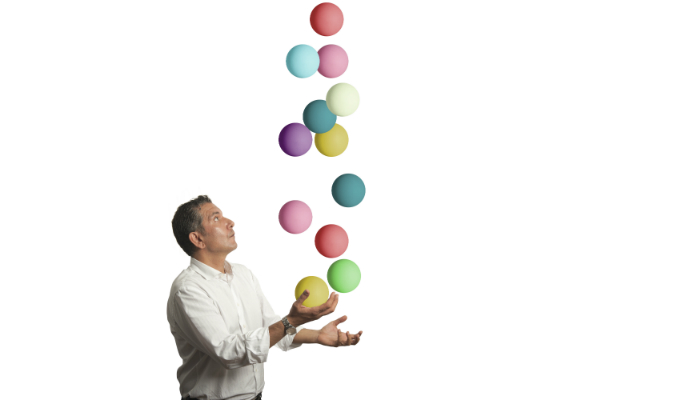 Juggling-man-400x700